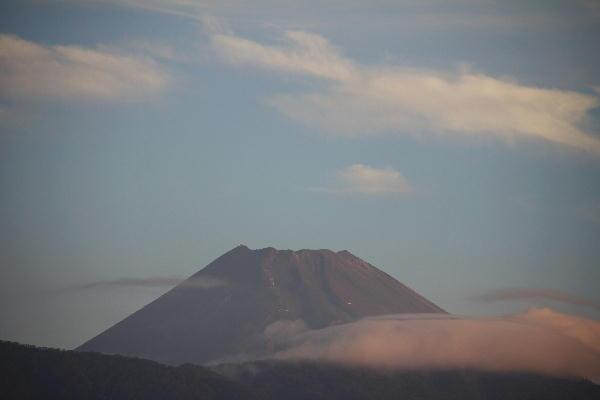 IMG_9623.jpg 9.18-5.46-今朝の富士山.jpg