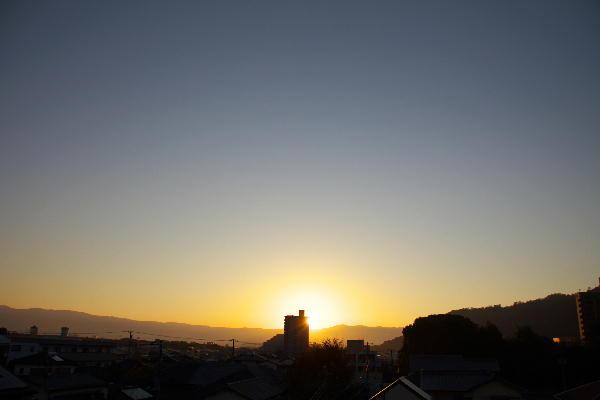 IMG_9852.jpg 9.29-5.57-日の出.jpg
