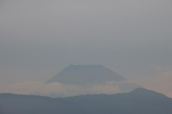 IMG_9858.jpg 10.1-6.12-今朝の富士山1.jpg