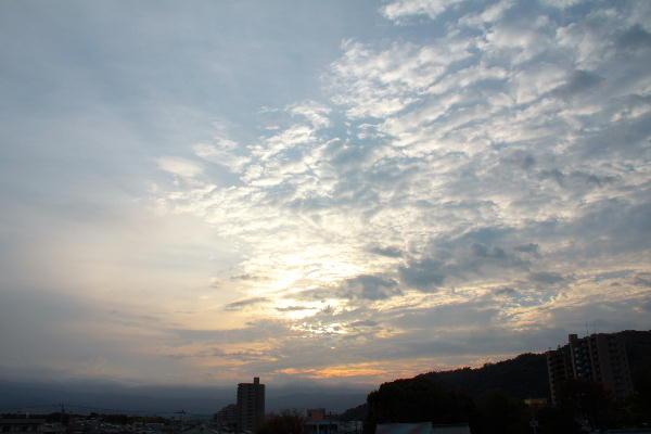 IMG_9888.jpg 10.2-6.00-東の空.jpg