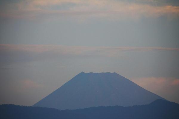 IMG_9994.jpg 10.7-5.59-今朝の富士山.jpg