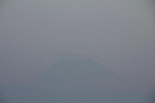 IMG_0129.jpg 10.16.09-今朝の富士山1.jpg