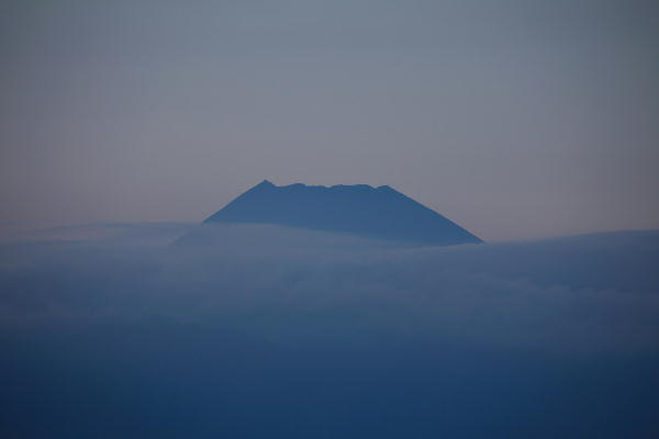 IMG_0664.jpg 10.24-17.04-夕方の富士山.jpg
