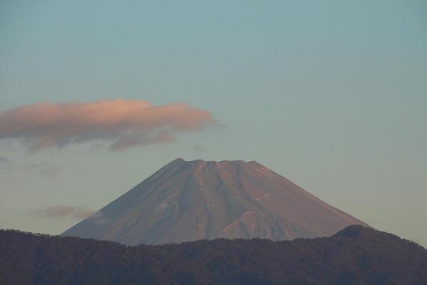 IMG_0693.jpg 10.26-6.17-今朝の富士山.jpg