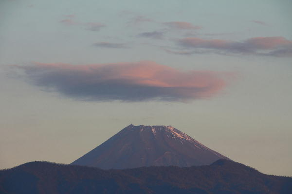 IMG_1096.jpg 11.23-6.35-今朝の富士山.jpg