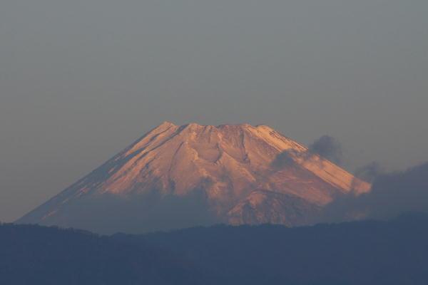 IMG_1119.jpg 11.24-6.43-今朝の富士山.jpg
