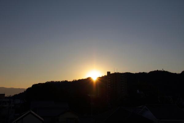 IMG_1551.jpg 12.11-7.19-日の出.jpg