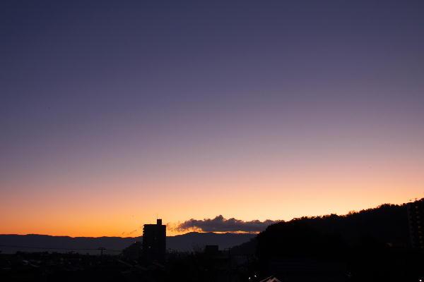 IMG_1554.jpg 12.12-6.22-夜明け前.jpg
