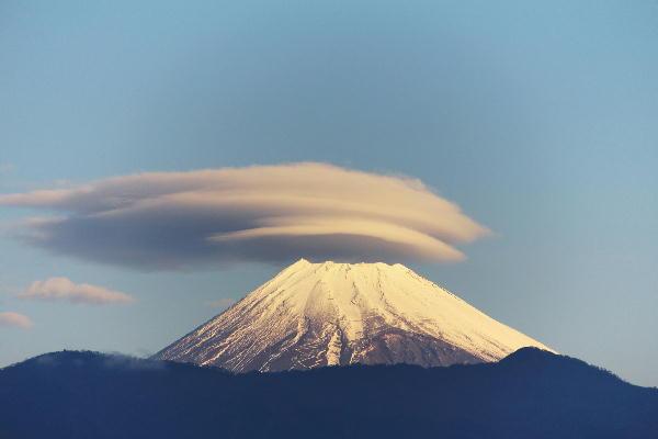IMG_1576.jpg 12.14-7.33-今朝の富士山.jpg