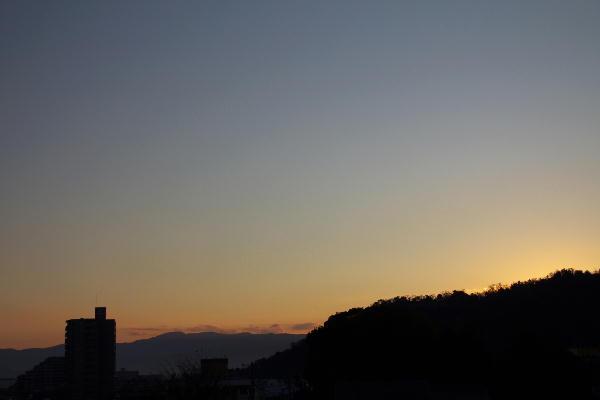 IMG_1653.jpg 12.20-7.11-日の出.jpg