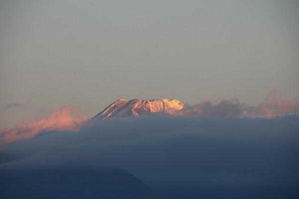 IMG_1986.jpg 1.7-7.06-今朝の富士山.jpg