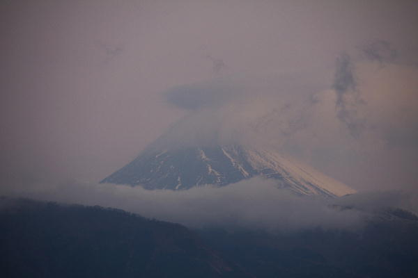 IMG_2003.jpg 1.9-6.47-今朝の富士山.jpg