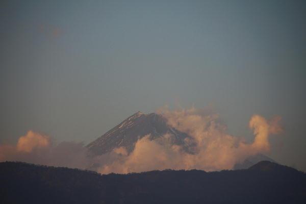 IMG_2292.jpg 1.14-16.37-夕方の富士山.jpg