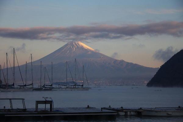 海霧と富士山.jpg