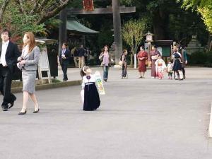 11-11-13 高麗神社子供