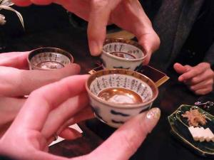 11-11-24 熱燗乾杯