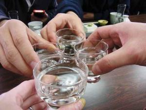 11--12-19 乾杯
