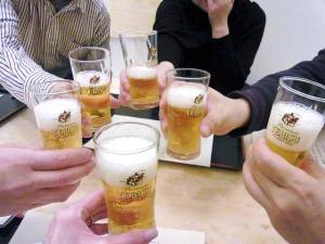12-2-11 ビア乾杯