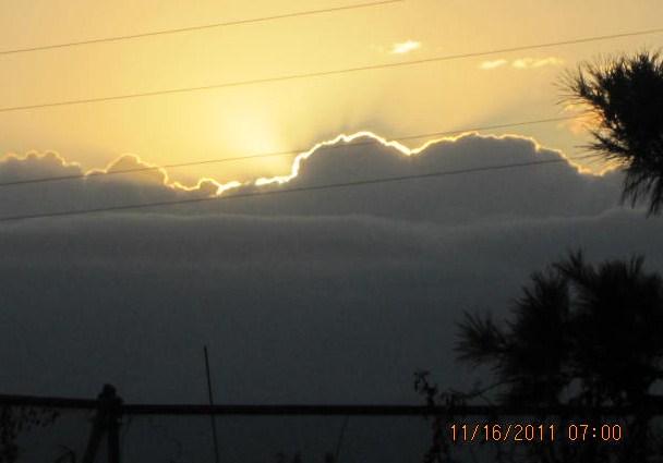 雲の峰から