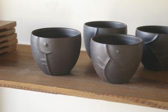 大澤奈津子 黒い焼酎グラス