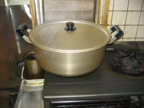 買ってきた巨大鍋