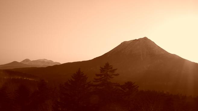 双岳台から雄阿寒岳