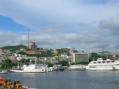 ウラジオストック港風景(フリー画像)_convert_20120225145642