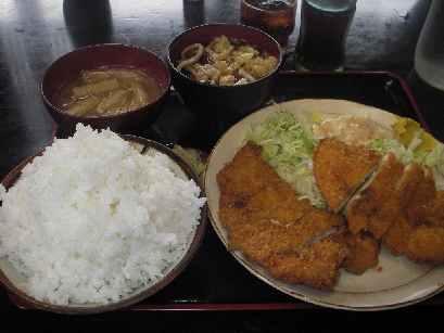 古都・チキンカツ定食