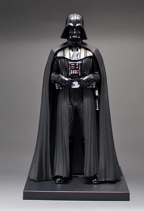 figure_darthvader_02.jpg