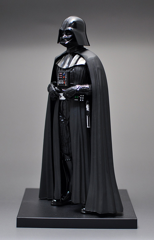 figure_darthvader_03.jpg