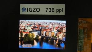 sharp_4p1_WQXGA_LCD_image1.jpg