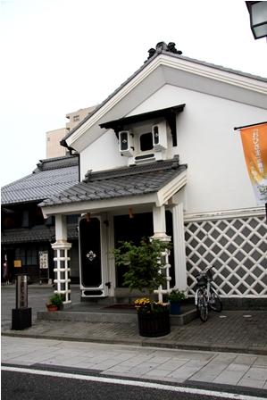 蔵シック喫茶店.JPG