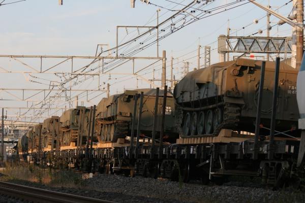 式装73甲車