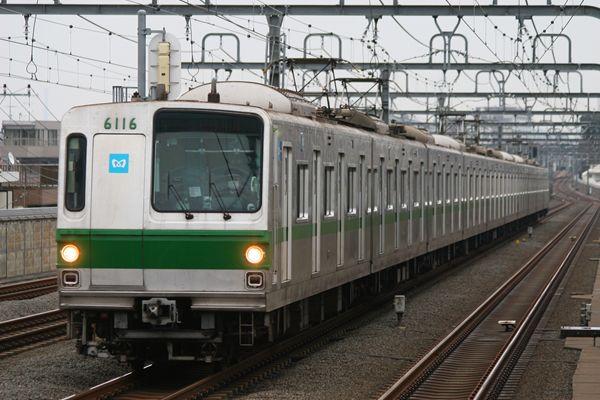6000系 6116F