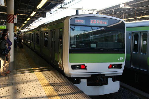 上野で下車
