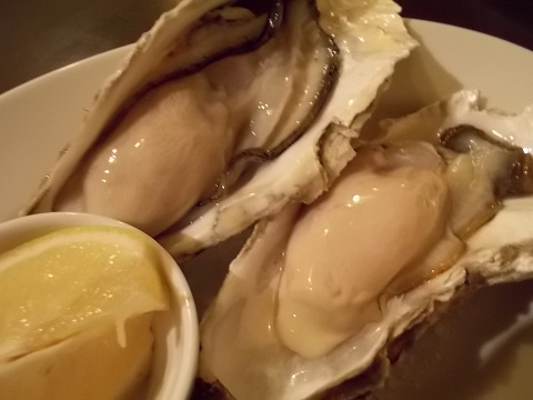 「仙鳳趾(せんぽうし)」の牡蠣