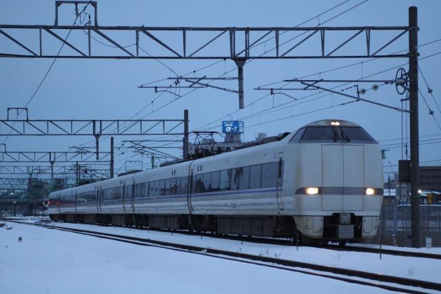 681系スキー臨 (回送)