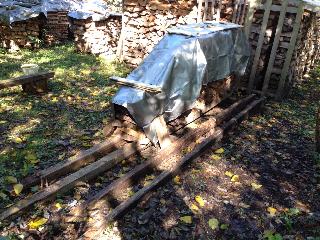 薪の大片付け1