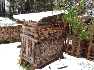 雪中薪運び5