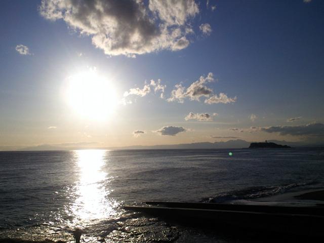 太陽と江ノ島