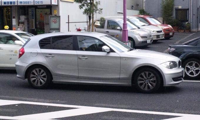 BMW  113 i_20110829
