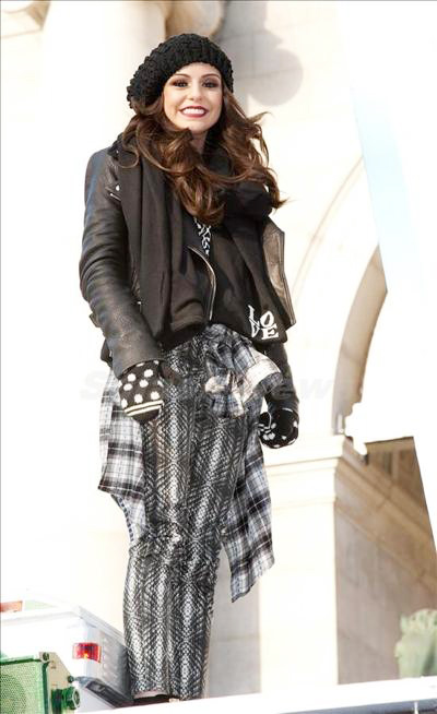 Cher_Lloyd_131201_03.jpg