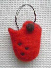 ケータイのバッグ赤ハート