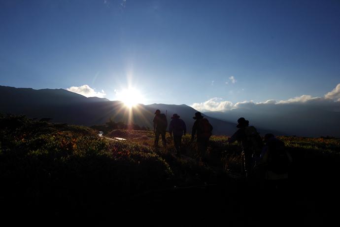 201209薬師岳15