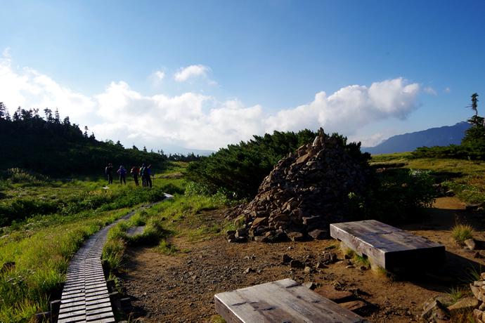 201209薬師岳17