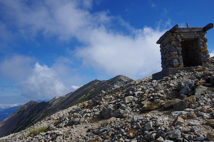 201209薬師岳29