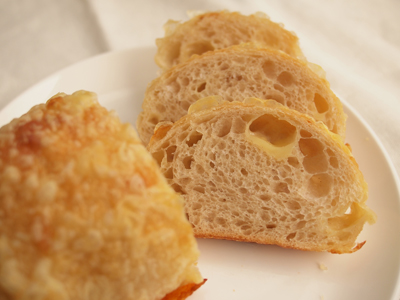 チーズのパン
