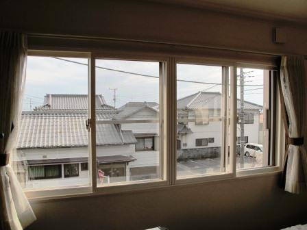 芦澤邸寝室後