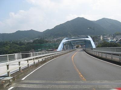 日蓮大橋.jpg