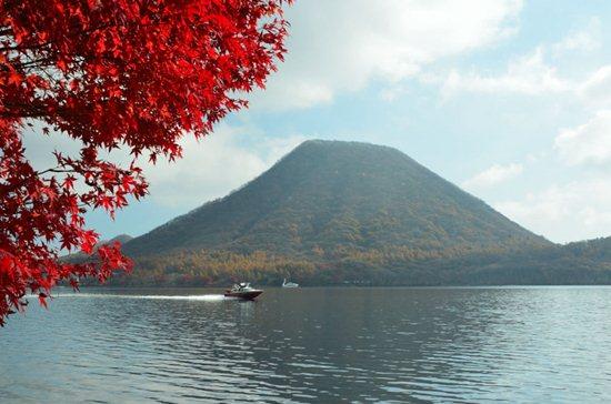 榛名湖と榛名富士